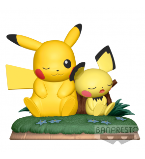 Pokemon Pikachu and Pichu cute figurines by Banpresto